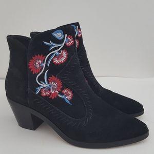 Rebecca Minkoff suede embroidery black boots 7.5 M